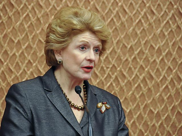 Sen. Debbie Stabenow, D-Mich., said in a floor speech Friday that Americans need an aid package. She especially stressed the need for more food-aid benefits, pointing to the long lines of people at mobile food banks who sometimes wait hours for boxes of food.  (DTN file photo by Chris Clayton)