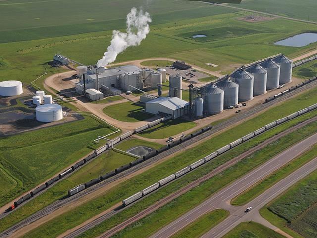 President Donald Trump announced on Saturday his administration will allow the sale of E15 in existing E10 ethanol pumps. (DTN file photo by Tom Dodge)