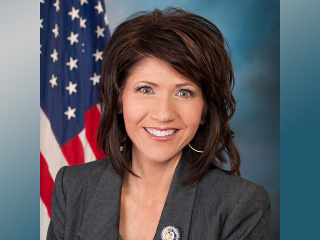 South Dakota Gov. Kristi Noem and Minnesota Gov. Tim Walz, chairman and vice chairman of the Governors' Biofuels Coalition, asked EPA to reject the call of governors in five states to waive the Renewable Fuel Standard in light of COVID-19. (DTN file photo)