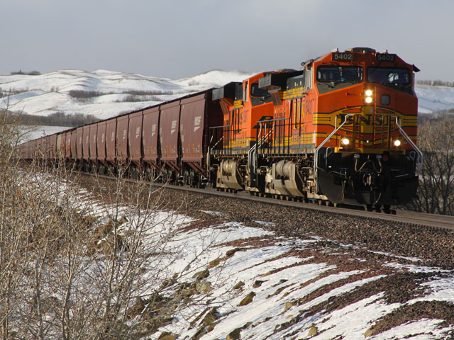 Railroads have been reporting fewer delays this past month. (Photo by Roy Luck, CC BY 2.0)