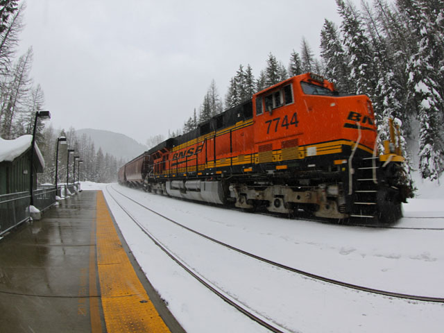 Cold and snow across northern parts of the U.S. this past week caused service interruptions on BNSF routes, according to company officials. (Courtesy photo by Roy Luck)