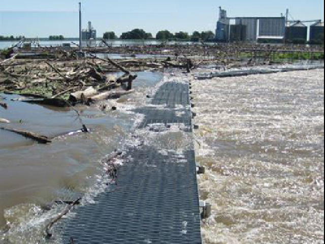 (Photo by USACE Mississippi River Rock Island District)