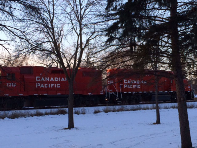 Canadian Pacific freight train moving through the Twin Cities corridor. (DTN photo by Mary Kennedy)