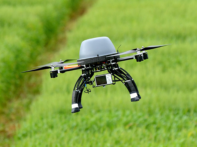 Senators have introduced a bill to ensure representation for agriculture, forestry and rural America on the FAA's Drone Advisory Committee. (DTN file photo by Jim Patrico)