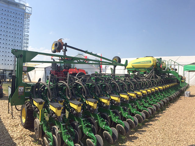 A new row configuration aimed at high plant population grabs attention during recent Farm Progress Show. (DTN photo by Pamela Smith)