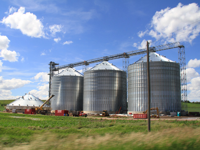 Grain bins are critical tool for farmers to manage grain marketing, but they need to be respected from a safety standpoint. (DTN photo by Elaine Shein)