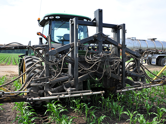 Three-point hitches can be a mass of metal and hoses. Be careful how you connect them. (DTN/The Progressive Farmer photo by Kurt Lawton)