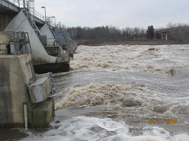 A high volume of water passing through Marseilles Dam on the Illinois River caused the lock to close to barge traffic on Feb. 21. (Photo by USACE Rock Island District)