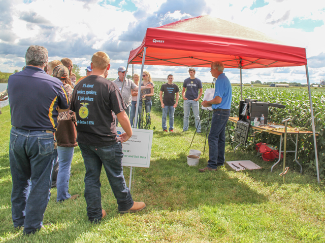 A series of soil health summer field days are planned to help farmers get a first-hand look at adopting new practices. (DTN photo by Pamela Smith)