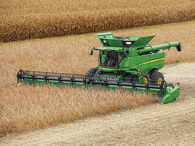 Custom rates rose in Nebraska, but not as much as might be expected given increases in fuel and labor costs. (DTN/The Progressive Farmer file photo)