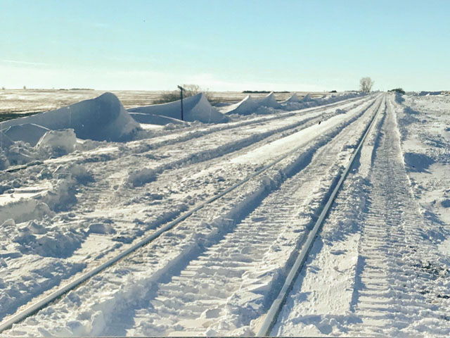 Snow filled rail tracks west of Ipswich, South Dakota. (Photo courtesy of Andy Weisser)