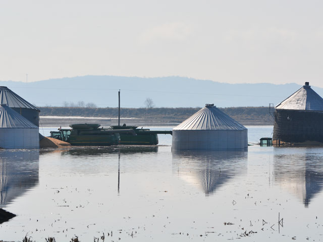Aid for farmers affected by Midwest flooding will be part of a disaster bill before Congress.