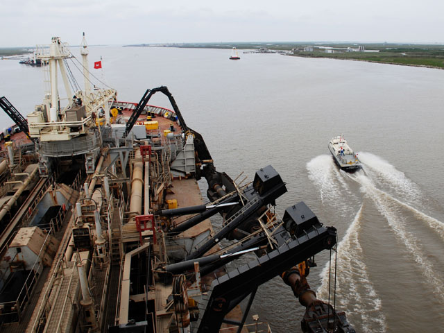 The dredge Wheeler on the southern Mississippi River is operated by the New Orleans District of the Army Corps of Engineers and is the largest hopper dredge operated by the Corps.  The Corps has received funding that would work to deepen the Mississippi River. (Photo courtesy of the U.S. Army Corps of Engineers)