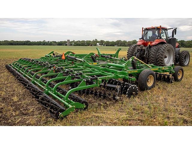 Terra-Max features adjustable front and rear coulter gangs and new TurboSpeed blade. (Photo courtesy of Great Plains)