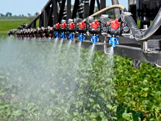 Farmers and applicators have a lot of questions about the recent federal appeals court ruling vacating the registrations of three major dicamba herbicides. Here is what we know now. (DTN photo by Jim Patrico)