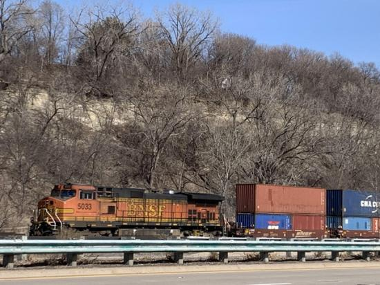 The STB recently requested that all Class 1 railroads provide information as to the extent of congestion at key container terminals and their policies and practices for assessing demurrage charges. (DTN photo Mary Kennedy)