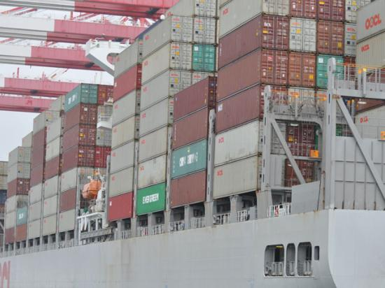 Agricultural shippers are charging that shipping companies are denying them access to cargo containers so they can send empty containers back to China to be loaded more easily with Chinese goods. Among the ports with issues over empty containers is the Port of Long Beach, California, where this cargo ship was docked in 2018. (DTN file photo by Chris Clayton)