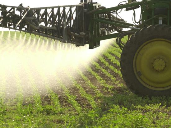 The International Agency for Research on Cancer issued a report last year declaring the herbicide glyphosate a probable carcinogen. Since then, the group's research methods have come under question and more people are demanding open records about IARC's work on the glyphosate finding. (DTN file photo)