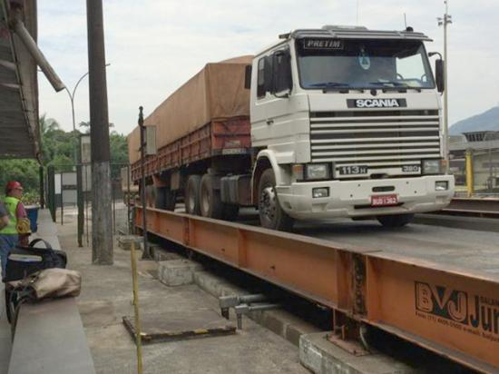 A trucker strike in Brazil last month has increased the FOB basis for delivering soybeans to port. Meanwhile, Brazil saw a soybean price spike last week for August delivery over anticipation of more exports due to the U.S.-China dispute. (DTN file photo)