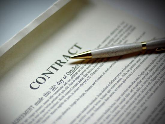 Correctly designing ag contracts can profoundly affect market profitability. (DTN photo illustration by Elaine Kub