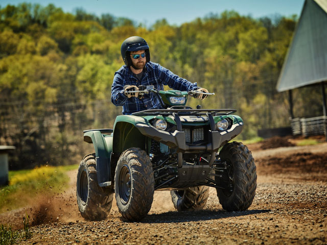 : The Kodiak 450 has user-friendly features that make is a work vehicle for the farm or ranch. (Photo courtesy of Yamaha)