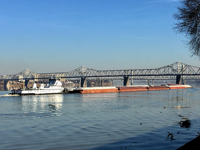 A tow heading downriver towards locks 52 and 53 on the Ohio River from Louisville, Kentucky, in December 2017. (Photo by Mary Kennedy)