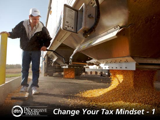 Changes to the tax code mean it's more beneficial to make a little income and pay some tax each year. Deferred payment contracts for grain sales are one tool that can give you flexibility when making decisions at the end of the year. (DTN/The Progressive file photo by Jonathan Kirshner)