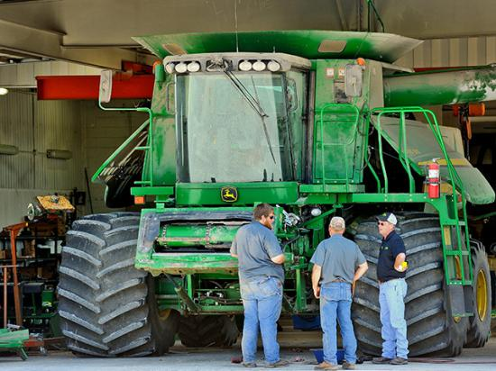 Each person in a family farming operations has a unique way they approach their daily work. (Progressive Farmer photo by Jim Patrico)