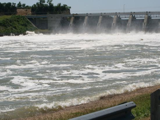 Water flows out of the Gavins Point Dam spillway during the height of the 2011 flood. This year, the spillway has been releasing high volumes of water since mid-March into the river and remains at 70,000 cubic feet per second, more than double the normal release volumes for this time of year. (DTN photo by Chris Clayton)