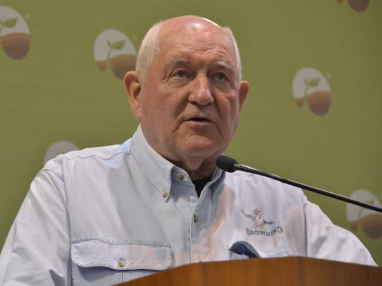 "Agriculture Secretary Sonny Perdue spoke to reporters Thursday in downtown Omaha. Perdue didn't have up-to-the-minute details on trade talks in Washington, but the secretary said up to $50 billion in agricultural sales to China would be a ""bonanza"" if they came to fruition. (DTN photo by Chris Clayton)"