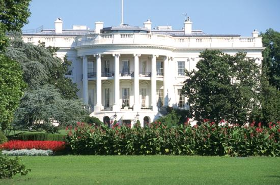 For the second time in a little more than a year, lawmakers from ethanol and oil states may soon meet at the White House to talk about changes to the Renewable Fuel Standard. (DTN file photo)
