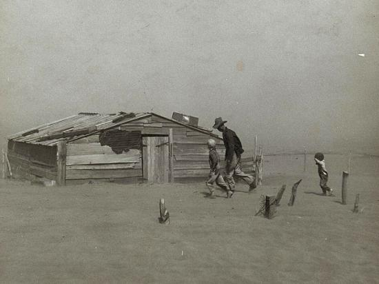 Rather than an asset, childhood memories of deprivation or other hardships, such as those during the Dust Bowl, can influence how heirs view farmland. (USDA historical photo)