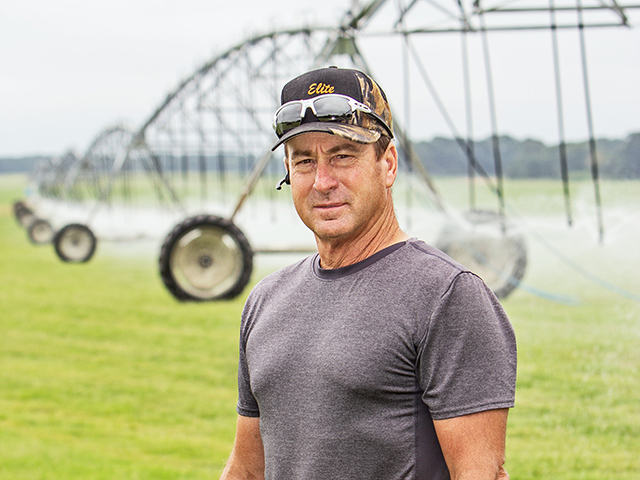 Wayne Carter saved $37,240 the first month after he switched his irrigation pumps from diesel fuel to electricity. (Progressive Farmer image by Larry Fleming)