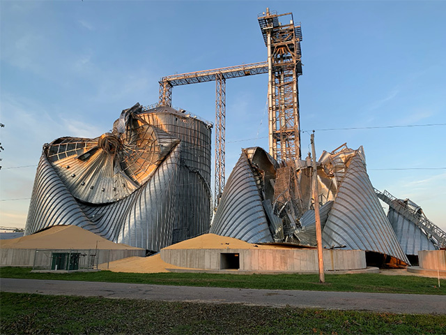 The August wind storms that blasted through Iowa last month shocked the state's agricultural businesses and other industries as grain bins were crushed at major elevators, and other businesses and farms were destroyed. (DTN file photo)