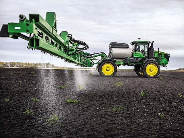 Deere introduces its first commercial application of See & Spray technology. Designed to treat individual weeds, See & Spray is said to consistently hit weeds as small as 1/4 inch in diameter in fallow field applications. (Photo courtesy of John Deere)