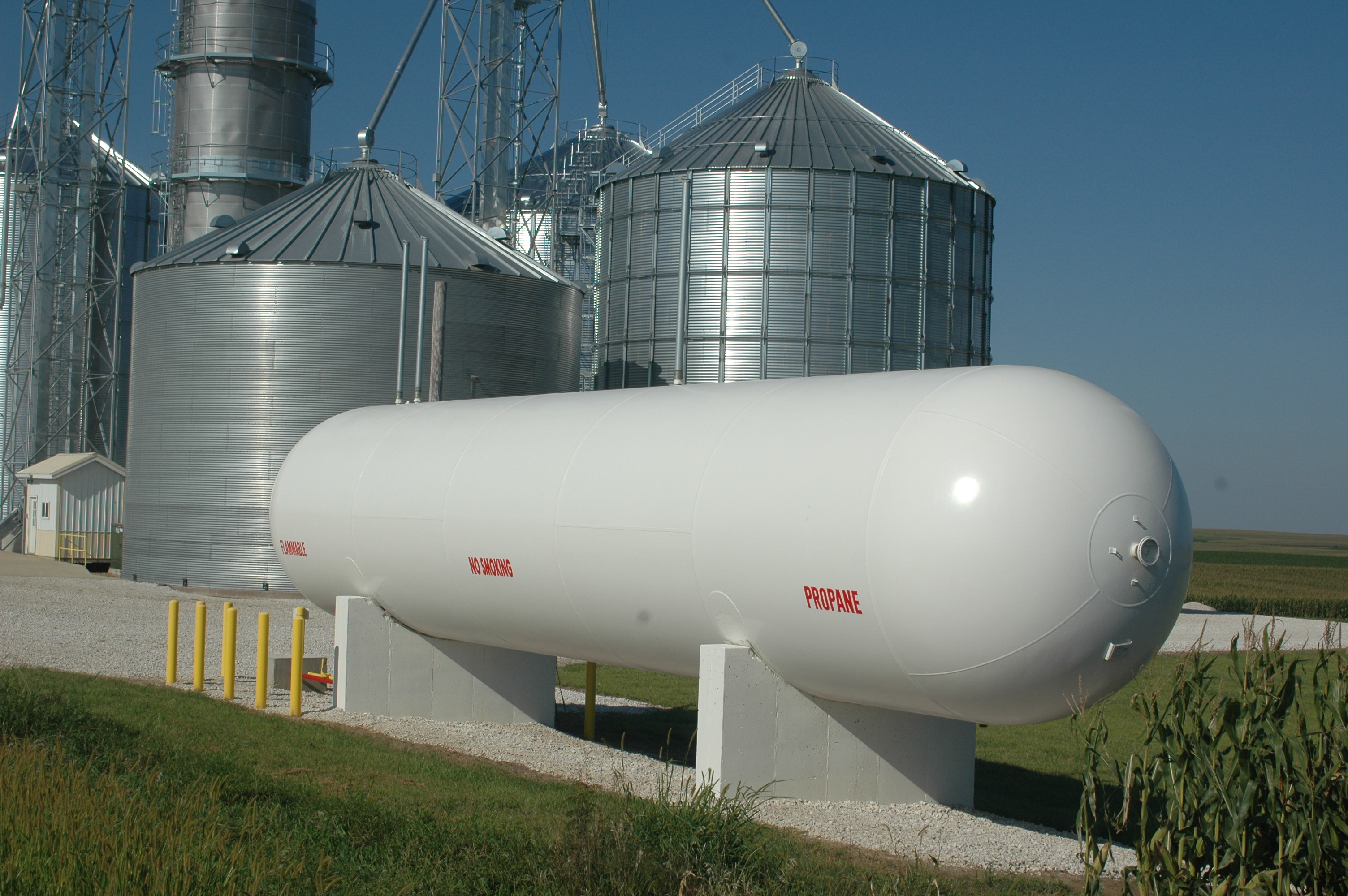 Farmers have invested in larger on-farm propane storage facilities to avoid issues with the delivery of the product as well as to receive volume discounts. (DTN/Progressive Farmer photo by Dan Miller)