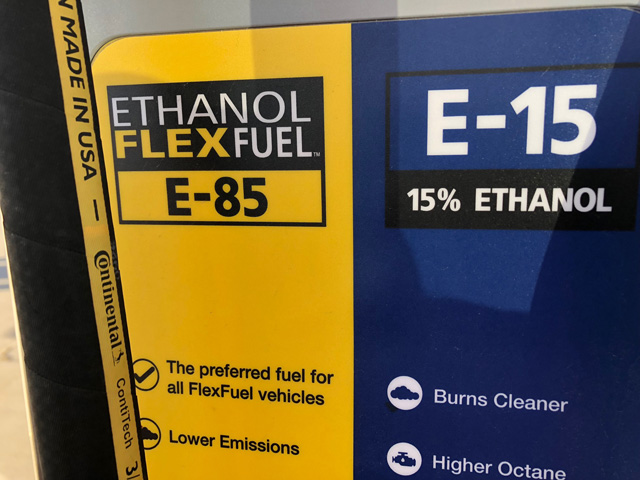 The state of Indiana may require warning labels on E15 pumps if the state's governor signs a recently passed bill. (DTN file photo by Chris Clayton)