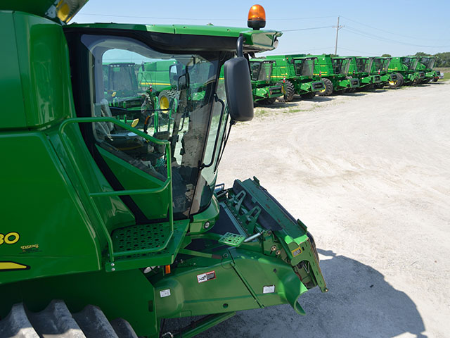 Used inventories, especially combines, sprayers and large planters, are piling up on dealers' lots as sales of both new and used sag. (DTN/The Progressive Farmer photo by Jim Patrico)