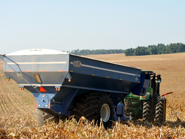 A well-maintained grain cart can minimize breakdowns and harvest delays. (DTN/The Progressive Farmer photo by Jim Patrico)