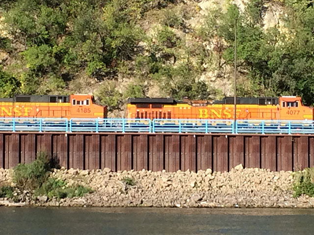 A BNSF train heads east along the Mississippi River near St. Paul, Minnesota. (DTN photo by Mary Kennedy)