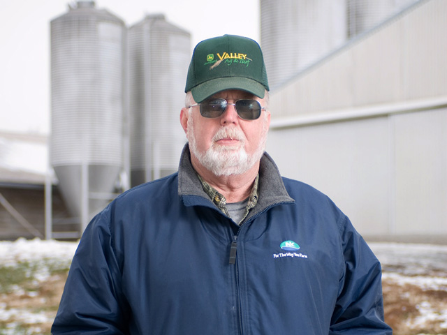View From the Cab farmer Jim Hoover of Newport, Pennsylvania, says he considers himself fortunate to farm alongside seven members of his family spanning three generations. (DTN photo by Edwin Remsberg)