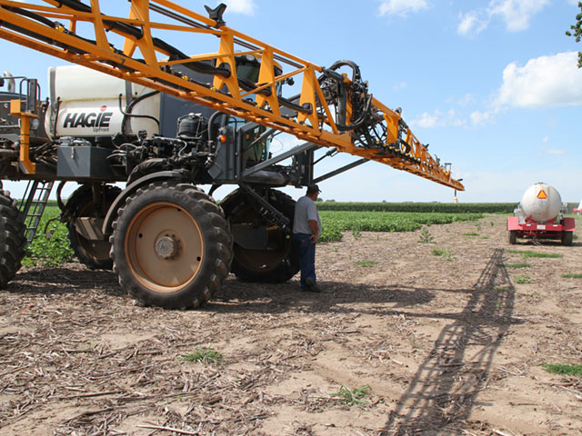 Missouri growers will have to park sprayers if they are loaded with dicamba after certain spray dates. (DTN photo by Pamela Smith)
