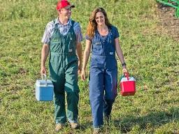Jake and Carolyn Geis are a team to be reckoned with as they run a South Dakota veterinary practice and farm together. (DTN/Progressive Farmer image by Greg Latza)