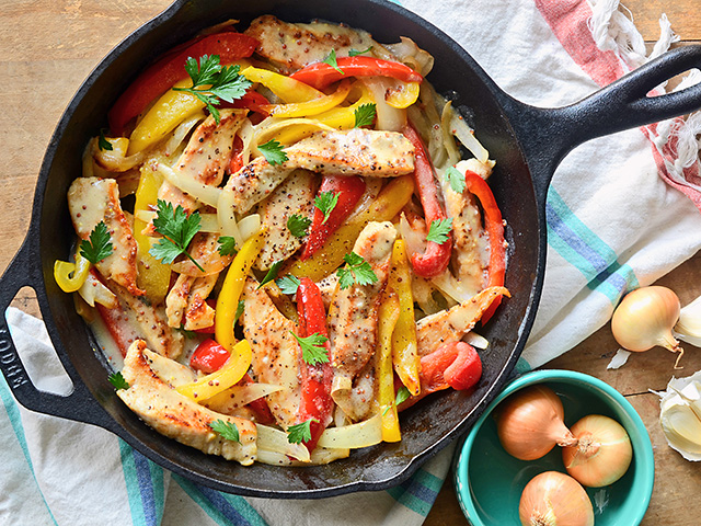 This skillet dish comes together easily for a perfect family dinner.(Progressive Farmer image by Rachel Johnson)