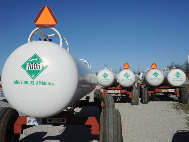 Handling and transporting anhydrous ammonia in a professional manner is important to assuring nitrogen is properly applied in a safe manner, according to Mark Hanna, retired Iowa State University Extension ag engineer. (DTN file photo)