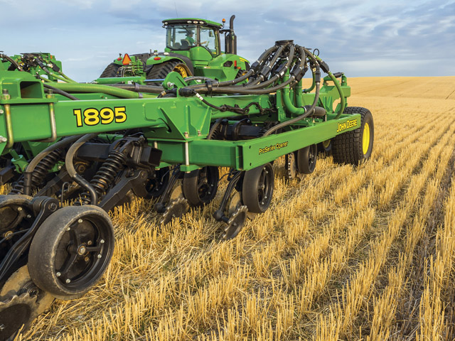 John Deere's new 1895 drill increases productivity. (Photo courtesy of John Deere)