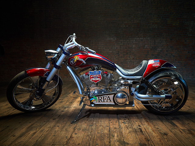 "This E85 motorcycle built by renowned bike designer Paul Teutul Jr. was unveiled on ""American Chopper"" this week. (Photo courtesy of the Renewable Fuels Association)"