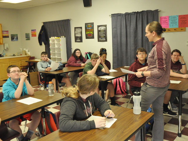 Neligh-Oakdale Ag teacher and FFA advisor Kali Bohling discusses a subject with her class. The northeastern Nebraska school added FFA this past school year after more than a decade without it. (DTN photo by Russ Quinn)