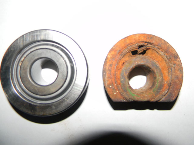 Bearing with grease (left). Bearing without grease (right). Get the picture? (DTN/The Progressive Farmer photo)