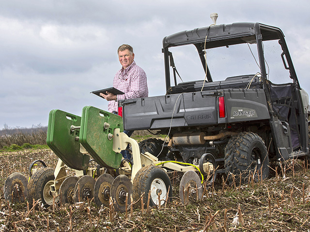 David Hydrick's Crop Consulting partners with Field Concepts to offer services for grid soil sampling. (Progressive Farmer photo by Lisa Buser)